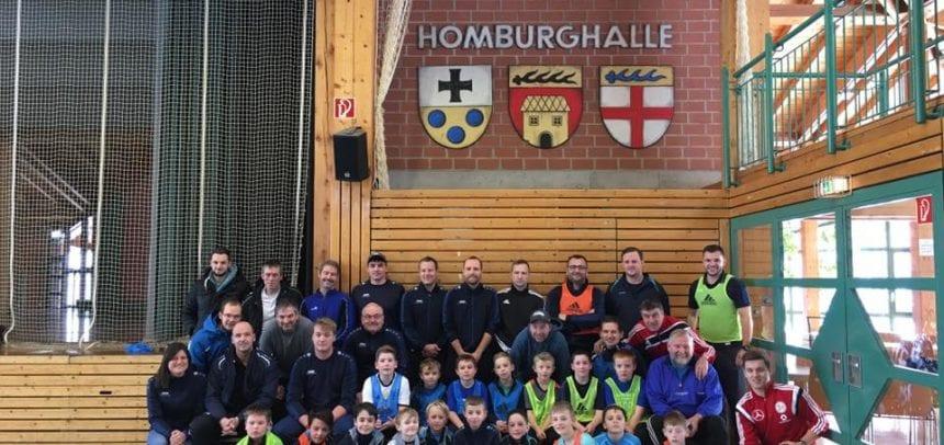 Beeindruckende Resonanz zum Start der internen Trainerschulungen – DFB-Mobil zu Gast in der Homburghalle!