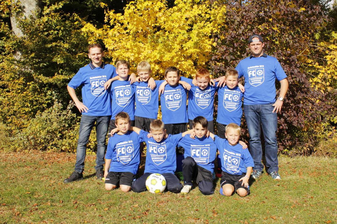 E-Junioren feiern ungeschlagen Herbstemeisterschaft!